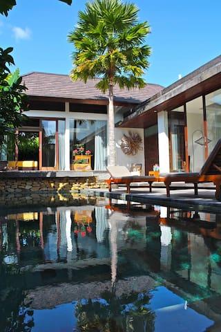 Unique Luxury Garden Villa- Ubud