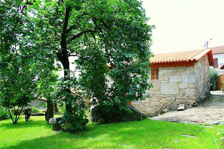 Casa da Rocha - Caldelas - Talo