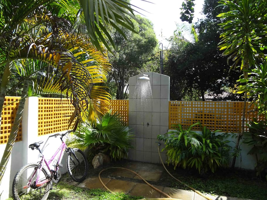 Ducha no Jardim