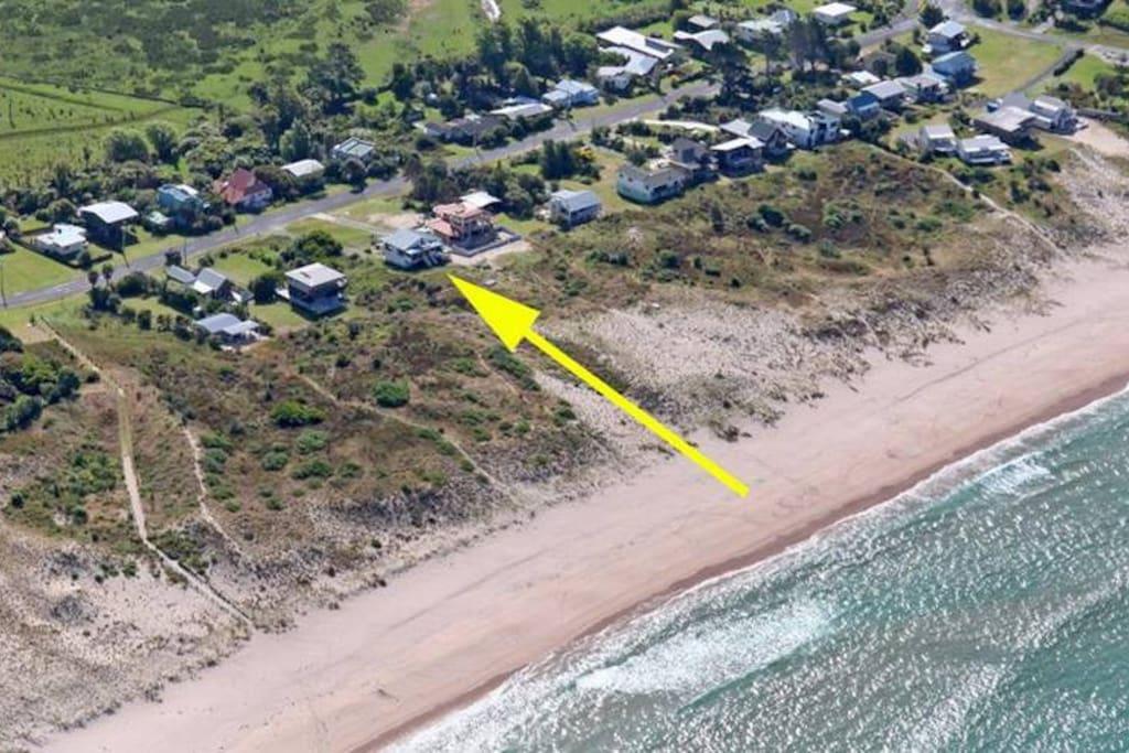 Beach front location. Middle of Tairua beach.
