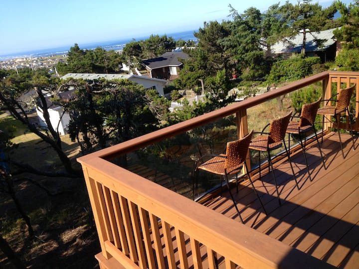 NEW, Ocean View Treehouse