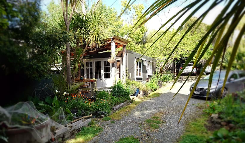 Kereru Cottage