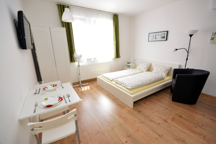 Toldi Apartments in the centre | Zsolnay - Pécs - Apartament