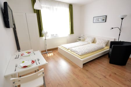 Toldi Apartments in the centre | Zsolnay - Pécs - Huoneisto