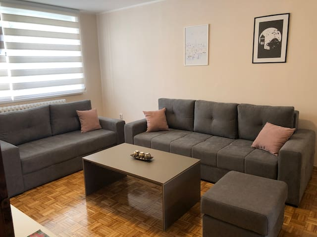 Modern, Cozy & Fully Equipped Private Apt w/ WiFi