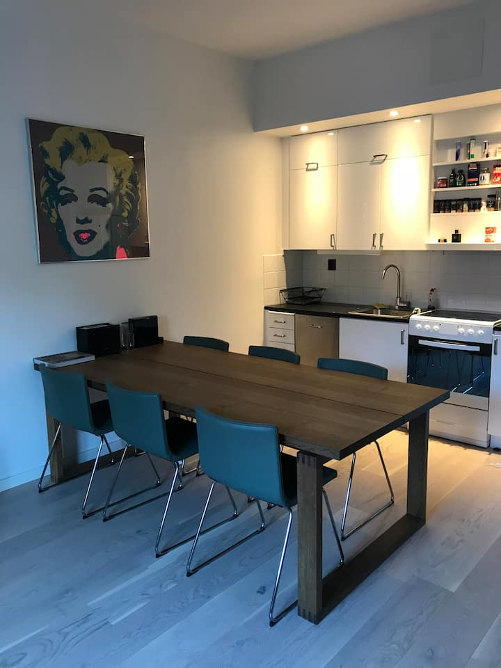 Spacious 1BD Apartment Close to Stockholm City