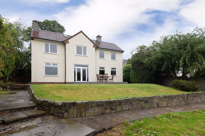 Modern and spaceous home ideally situated