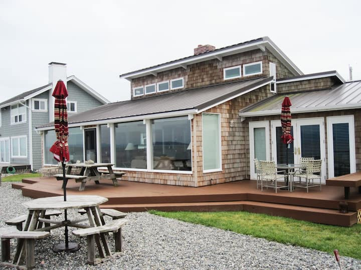 Guemes Island North Beach Waterfront Home