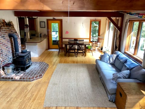 Forest Family Getaway near the Kennebec River