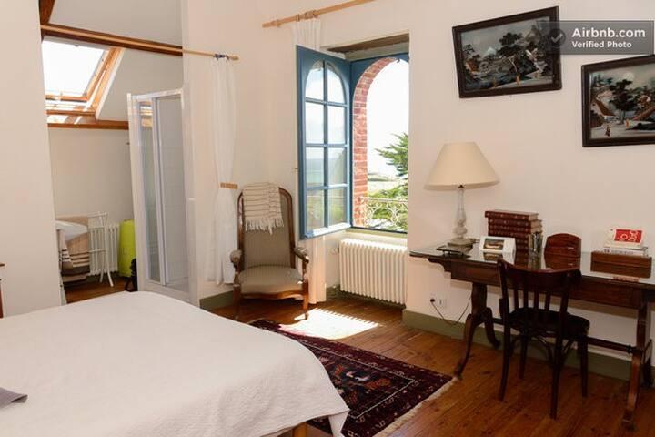 Chambre avec jolie vue sur la mer - Clohars-Carnoët - House