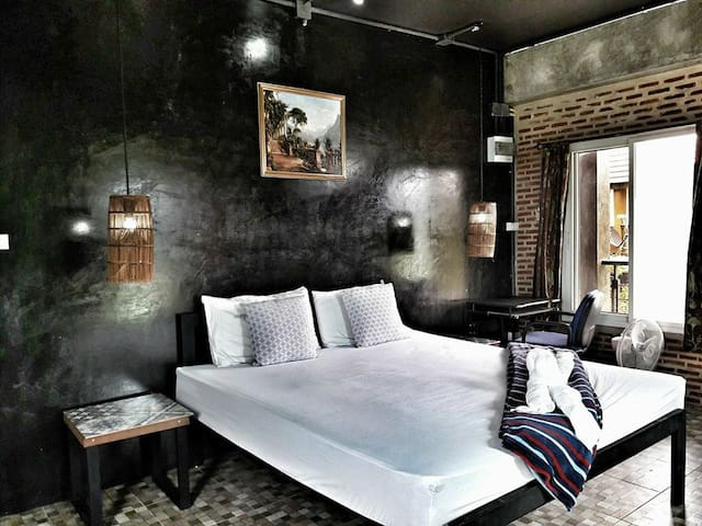 102 Residence - Superior Room & Pool