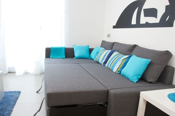 Sofa turned into 140cm bed