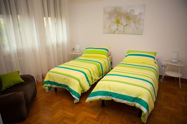 Intero appartamento al primo piano di una casa sin - Camisano Vicentino