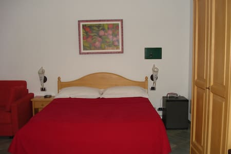Locanda nell'entroterra Ligure - Conscenti - Bed & Breakfast