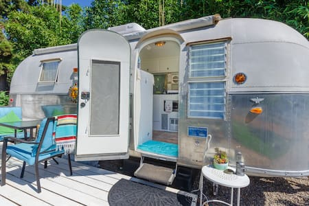 1962 Airstream at Wishing Well mini Ranch