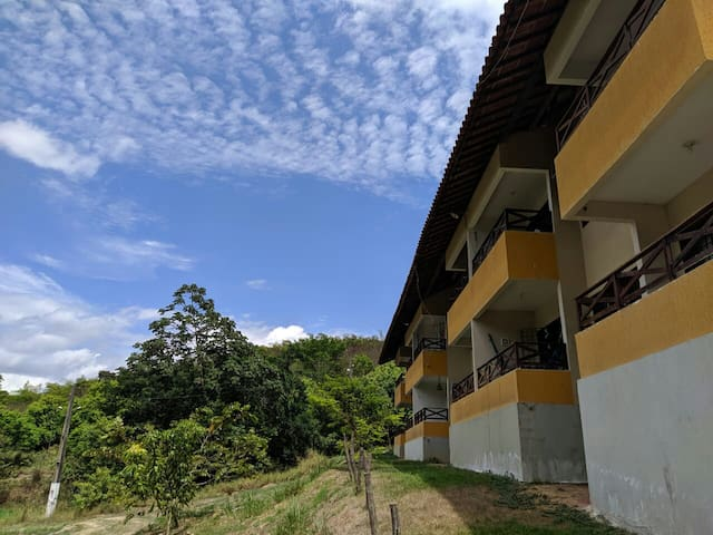 Apart/ Casa campo conforto a 30 min. de Recife.