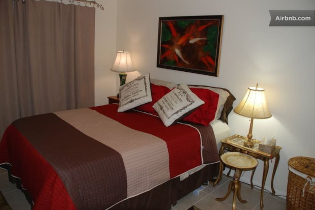 my other listing.  Cozy Queen near Tampa and Orlando, check it out.