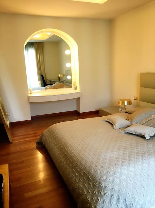 Bedroom 1( Camera da letto 1)