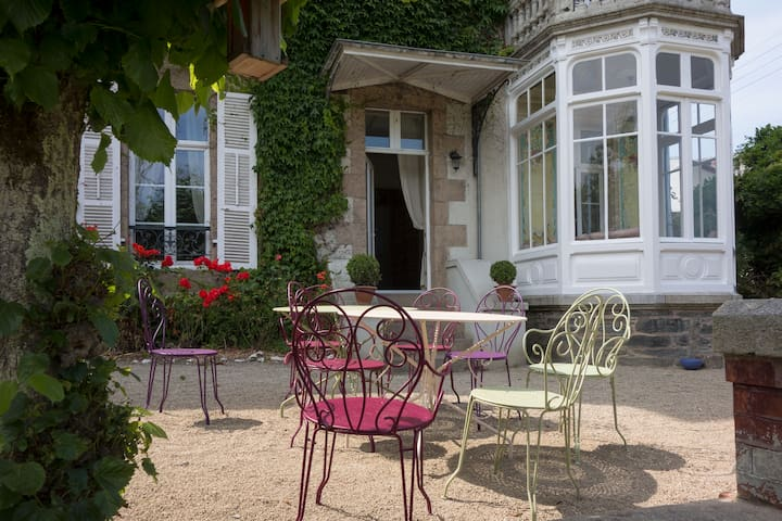 Luxurious house with character 5* - Morlaix - House