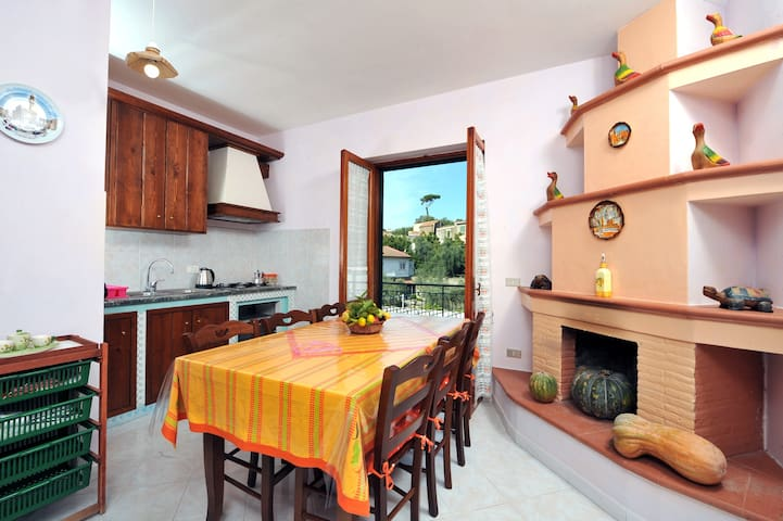 CASA HONEY - in Sorrento Coast with sea view - Torca