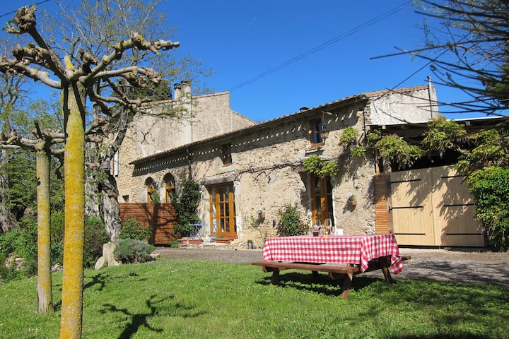 Family Cottage for 4, near Carcassonne