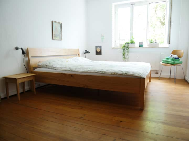 Verry sunny and lovingly furnished apartment!