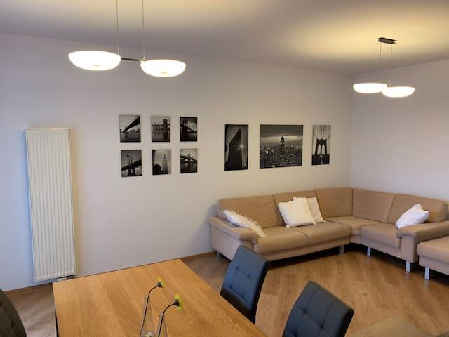 Comfy & spacious NY Apt w balcony/ Center - 10 min