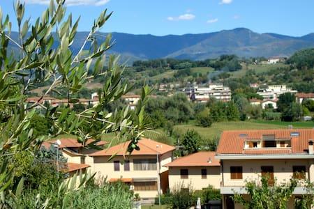 Casa Vacanze Alle Porte del Chianti - San Giovanni Valdarno - Apartamento