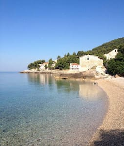 VILA LILA HVAR 1 METER FROM THE SEA