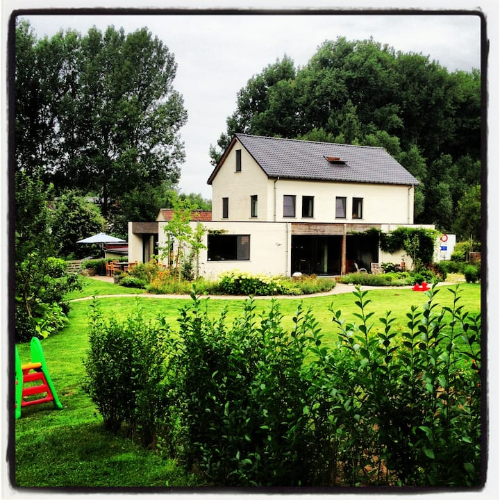 Idyllic country house near Ghent!