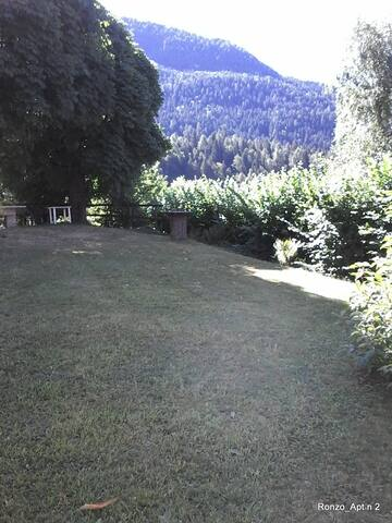Lake Garda Mountain 4-6 Beds Apt - Ronzo-chienis
