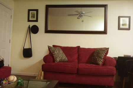 My Downtown Pad, the perfect getaway location! - Wilmington - Appartement en résidence