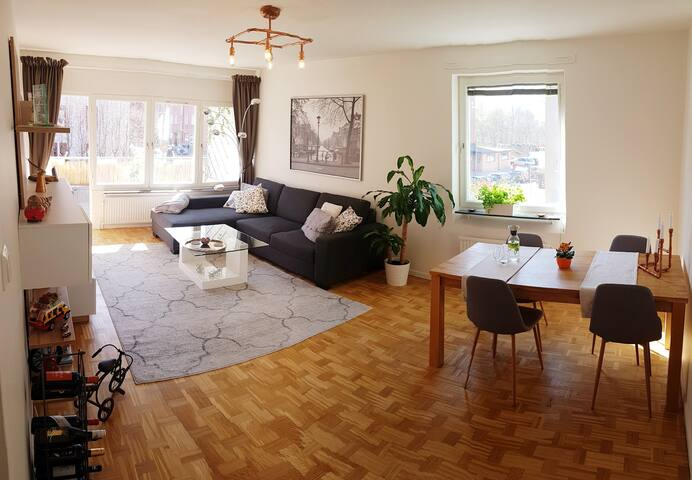 Spacious (shared) apartment in Stockholm, Solna!