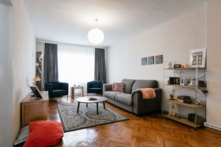 2 bedroom apartment in the heart of Kadikoy - Istanbul - Bed & Breakfast