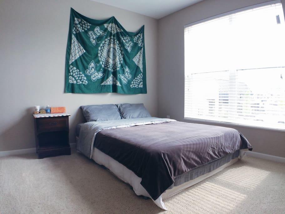 Bedroom accommodates 1-2