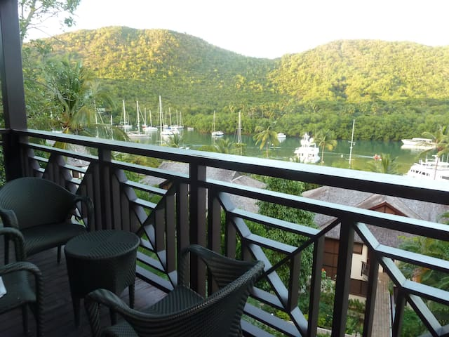 Luxury Apartment at Capella Marigot - Castries City - Lejlighed