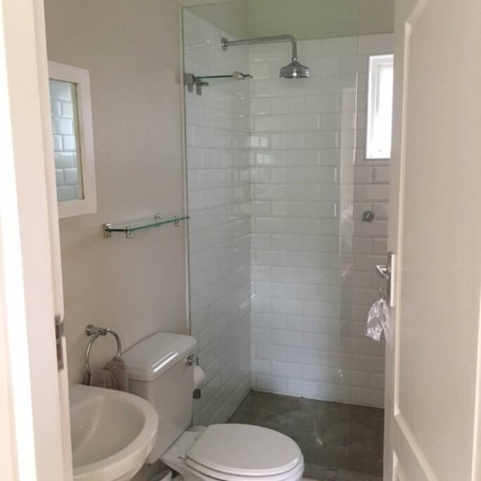 Bathroom off main bedroom