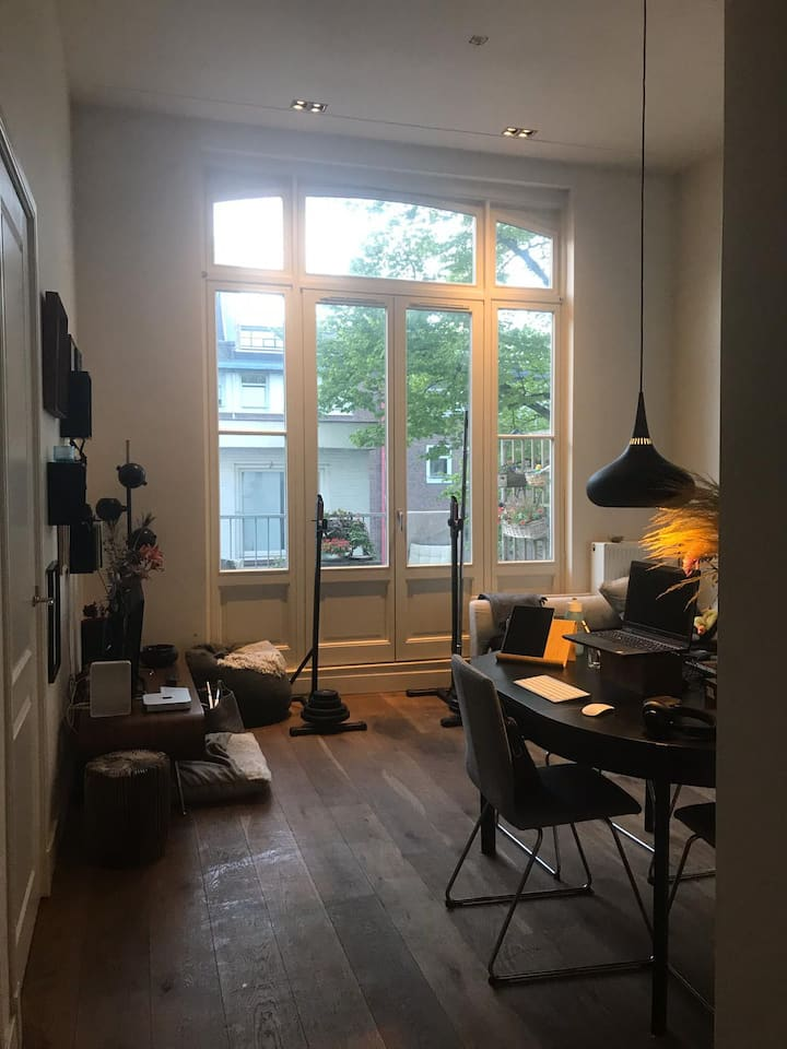 Charming flat in the city center. Quiet zone