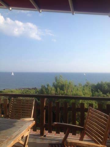 Terrace on the sea - Rosignano Solvay-Castiglioncello - Leilighet