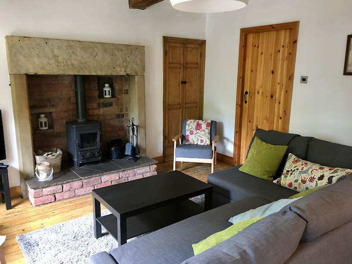 Sunnybrook rural village cottage in N. Yorkshire