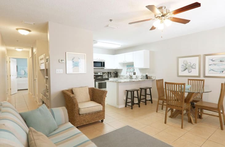 Sunrise Destin-ation | BEACHVIEW | Pool & Hot Tub