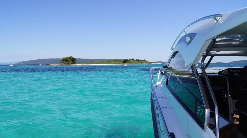 Grandezza 27 OC Trogir Kroatien