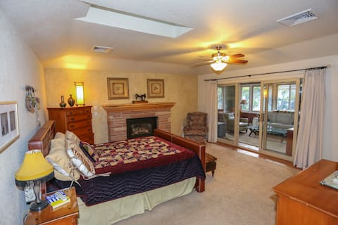 Bedroom Suite + Private Sunroom/Courtyard/Entrance