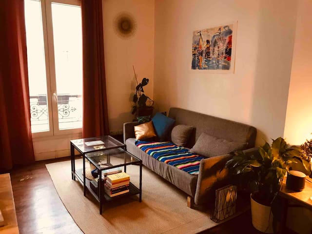 Beautiful apartment in Heart of Paris 2nd district