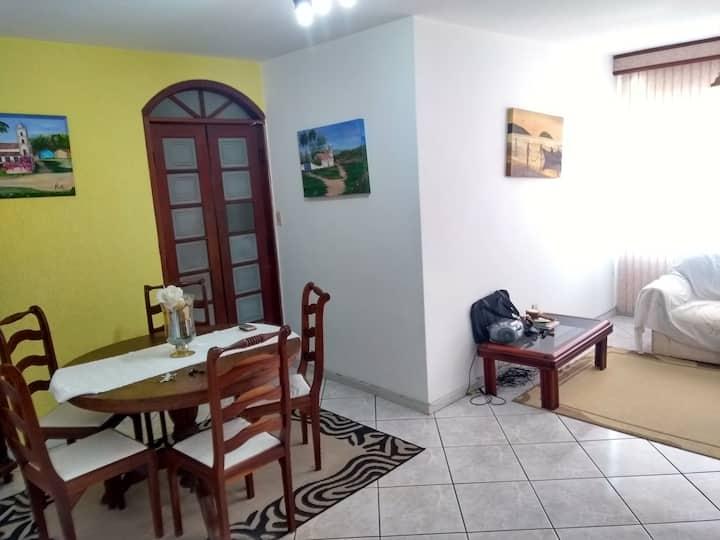 Apartamento mobiliado ideal para família ou casal!