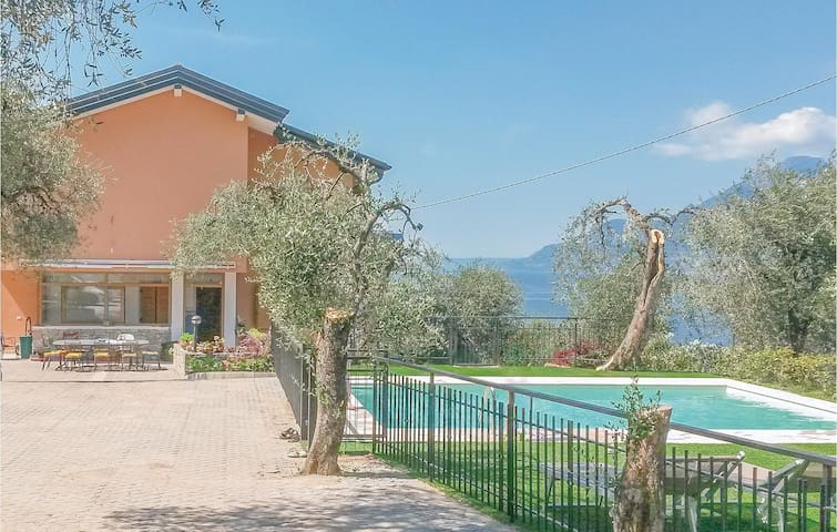 Holiday apartment with 1 bedroom on 60m² in Brenzone sul Garda VR