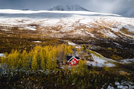 Sjáland - Mountain cabin with a view