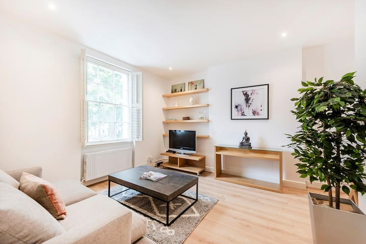 Cozy and bright 1 bed apartment in Knightsbridge