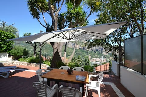 Modern Holiday Home with Sea View in Ventimiglia