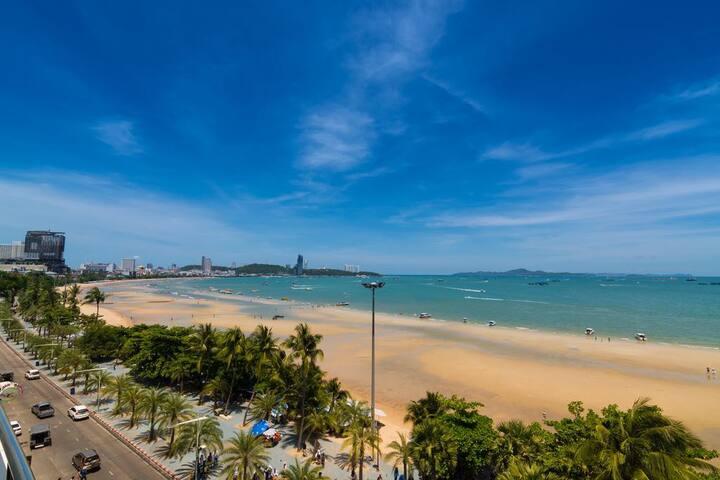 Baboona Beachfront Living - Deluxe Seaview